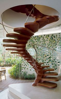 Some staircase designs are so good you must see them twice to appreciate ;-). This design is that good, it cannot be any better. Found in a luxury home by Jouin Manku architects.  patrickjouin.com