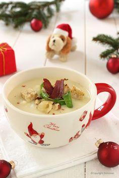 Witte kerstsoep knolseldersoep