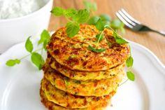 Kananugetit uunissa - Ruoka & Koti Halloumi, Dinner Table, Salmon Burgers, Cauliflower, Curry, Food And Drink, Koti, Treats, Vegetables