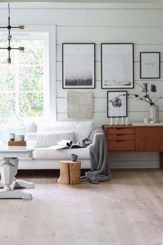 Rustic living room wall decor ideas - home design ideas Home Decor Bedroom, Home Living Room, Living Room Designs, Living Room Decor, Interior Simple, Decor Interior Design, Interior Decorating, Interior Styling, Scandinavian Living