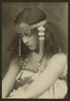 Another vintage headdress
