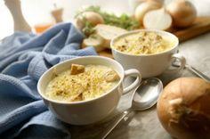 Französische Zwiebelsuppe mit Croutons
