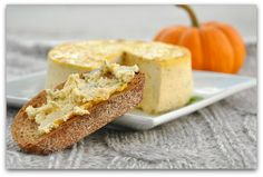 Savory Pumpkin Basil Cheesecake. I need one of these mini springform pans. Definitely want to make this for Thanksgiving. :)