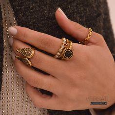 Combinação PERFEITA  Deixam o look super romântico!!! Escolha os seus: http://www.versatilacessorios.com.br/anel.html Aproveite o desconto progressivo no site  #anelismo #bijouxonline