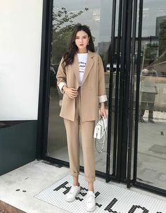 Casual Solid Pant Suits Notched Collar Blazer Jacket & Pencil Pant Khaki Female Suit - Lilly is Love Office Outfits Women, Mode Outfits, Casual Outfits, Blazer Outfits Casual, Sneakers Fashion Outfits, Khaki Suits, Pant Suits, Blue Suits, Women's Suits