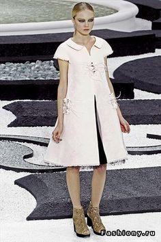Chanel весна 2011. Неделя мод в Париже / chanel пиджаки