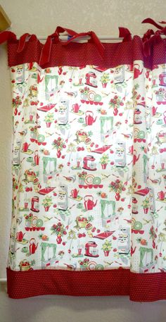 kitchen curtains I like the solid mixed with pattern