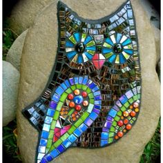 Mosaic Owl Rock. - my mom's getting into doing mosaic art work... this is a really pretty piece and the fact that it's done on a rock makes it that much more interesting! Too cool!!