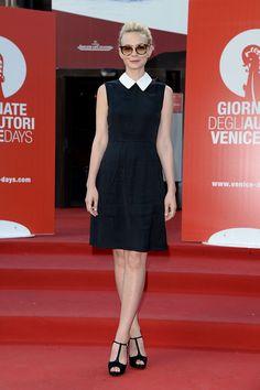 En un look @MIUMIUofficial, la actriz Carey Mulligan, se da cita en #VeniceFilmFestival 2013. http://www.vogue.mx/articulos/festival-internacional-de-cine-de-venecia-2013-70-edicion-1/2784