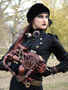 cloggo: STEAMPUNK That is a most impressive weapon the young lady is holding, as impressive as any I have seen. 1940s Fashion, Trendy Fashion, Girl Fashion, Fashion Show, Vintage Fashion, Fashion Outfits, Fashion Spring, Steampunk Weapons, Steampunk Cosplay