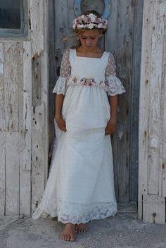 Girls First Communion Dresses, Holy Communion Dresses, Baptism Dress, Little Girl Dresses, Girls Dresses, Flower Girl Dresses, Première Communion, Fairy Dress, Little Princess