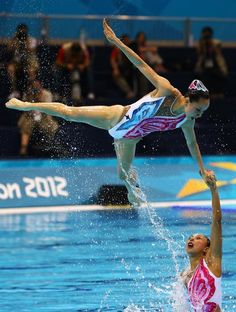 After synchronized swimming was hilariously mocked in a Keep Swimming, Swimming Workouts, Swimming Suits, Mermaid School, Custom Swimsuits, Synchronized Swimming, Commonwealth Games, Water Polo, Swimming Costume