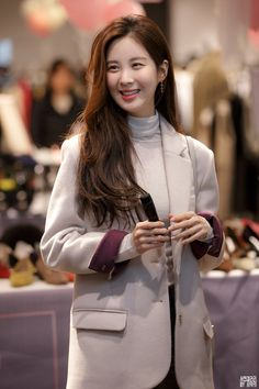 Sooyoung, Yoona, Korean Girl Band, Snsd Airport Fashion, Popular Girl, Seolhyun, Girl Bands, Airport Style, Korean Singer