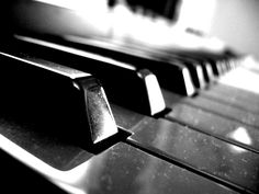 Learning Piano Notes Awesome Lessons For Beginners For Kids Referral: 5888208497 Music Is My Escape, Artsy Photos, The Black Keys, Good Notes, Piano Music, Piano Keys, Piano Lessons, Good Music, 3d Printing