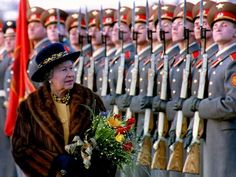 Queen Elizabeth II inspects a guard of honour after arriving in Moscow in 1994. It was the first visit of a British monarch to the USSR.