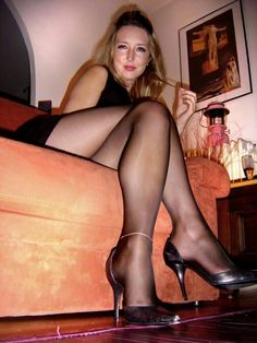 """pantyhoseheadquarters: """" Sexy momma in pantyhose and heels """""""