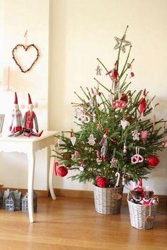 Viking Christmas, Christmas Tale, Swedish Christmas, Woodland Christmas, Cozy Christmas, Scandinavian Christmas, Rustic Christmas, Christmas Holidays, Christmas Crafts