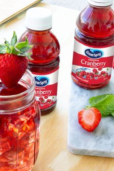 Try these tasty and easy to prepare cranberry cocktail & drink recipes from Ocean Spray® for every occasion, and let our superfruit transform your cocktails! Fancy Drinks, Cocktail Drinks, Cocktail Recipes, Cocktails, Fruit Drinks, Healthy Drinks, Healthy Snacks, Beverages, Refreshing Drinks