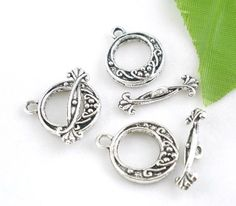 15 sets Ornate Circle Toggle Clasp. Starting at $5 on Tophatter.com!