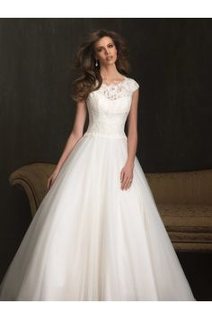 Orgnaza fabric Ball Gown silhouette with short sleeves wedding dress