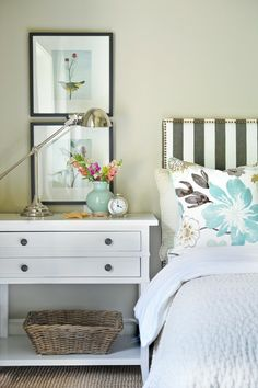 Love the pillow color combo - so fresh and light.