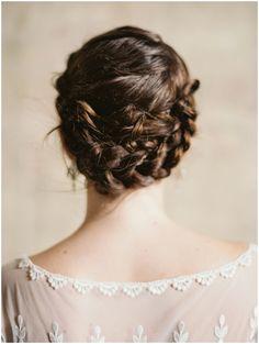 Perfectly styled bridal hair | Laura Gordon Photography