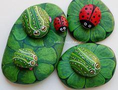 http://www.facebook.com/ISassiDelladriatico Frog Family - Famiglia Rana