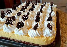 Vaníliás krémes   Edit Hadházi receptje - Cookpad receptek Cake, Food, Kuchen, Essen, Meals, Torte, Cookies, Yemek, Cheeseburger Paradise Pie
