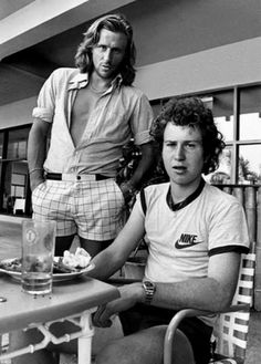 Bjorn Borg and John McEnroe. I loved watching their epic slug fest tennis matches. That was great tennis, far more exciting than the rather dull power serve games that dominate tennis these days. Bjorn Borg, Mode Tennis, Sport Tennis, Tennis Match, Atp Tennis, Play Tennis, Tennis Stars, Foto Sport, Tennis Legends