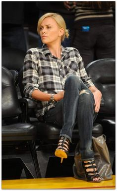 #charlizetheron wears jeans well…http://vickiarcher.com/2014/04/charlize-theron-wears-jeans-well/