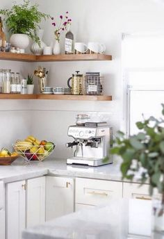 Gorgeous Fresh Country Kitchen Decor Ideas Gorgeous Fresh Country Kitchen Decor IdeasPink kitchen objects can permit you to make a pink kitchen layout without needing to create en Kitchen Shelves, Kitchen Layout, Open Shelves, Shelving, Kitchen Furniture, Kitchen Decor, Kitchen Ideas, Diy Corner Shelf, Corner Desk