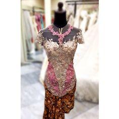Model Kebaya, Pretty Dresses, Women's Fashion, App, Formal Dresses, Mini, Modern, Photos, Apps