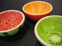 Paint your favorite fruit on a bowl for or create a sweet unique set. I would love to do a set of nesting bowls decorated with the fruit of that size! Color me mine Ceramics Projects, Clay Projects, Ceramics Ideas, Ceramic Painting, Ceramic Art, Diy Painting, Fruit Painting, Ceramic Decor, Ceramic Bowls