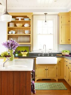 Two-Tone Kitchen Cabinets Step out of the single color zone: Two-tone kitchen cabinets can work with a variety of kitchen styles. Here's how to pick the just-right color combination.