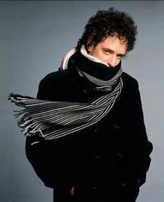 See Gustavo Cerati pictures, photo shoots, and listen online to the latest music. Soda Stereo, Zeta Bosio, Rock Argentino, El Rock And Roll, Perfect Love, White Picture, Types Of Music, Latest Music, Music Is Life