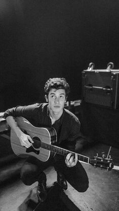 Listen to every Shawn Mendes track @ Iomoio Shawn Mendes Official, Shawn Mendes Gif, Shawn Mendes Concert, Shawn Mendes Imagines, Shawn Mendes Wallpaper, Shawn Mendes Lockscreen, Fangirl, Sebastian Villalobos, Mendes Army