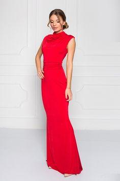 Dlhé spoločenské šaty bez rukávom, so stojačikom. Zadná časť s možnosťou rozopnutia na zlatý zips, slzičkový výstrih v oblasti chrbta. Vhodné na spoločenské udalosti. Formal Dresses, Fashion, Dresses For Formal, Moda, Formal Gowns, Fashion Styles, Formal Dress, Gowns, Fashion Illustrations