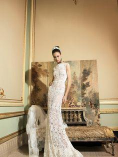 YolanCris | Vestidos de novia románticos y vestidos de novia elegantes por YolanCris : Romantic Tale