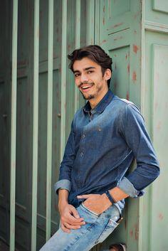 Shooting #12: total jeans masculino em tons diferentes - MODA SEM CENSURA | BLOG DE MODA MASCULINA