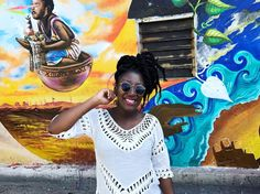 When creative minds meet magic happens . Love&light Adedè #chalewote2017 #streetart #chalewote