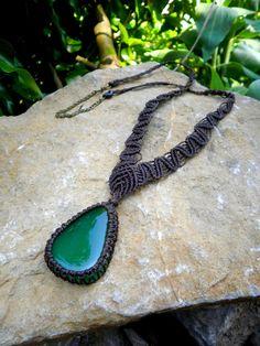 Collier pierre d'agate verte en macramé marron - pierre semi-précieuse : Collier par stonanka