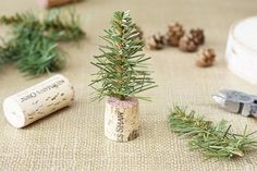 26 Crafty Mini Christmas Trees That Will Get You In The Spirit Of ...