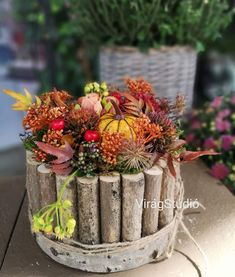 Fall Flowers, Dried Flowers, Rainbow Birthday Party, Thanksgiving Decorations, Table Decorations, Deco Floral, Diy Wedding Flowers, Fall Diy, Flower Centerpieces