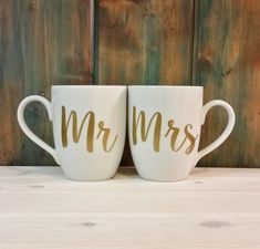 Mr and Mrs coffee mugs, his and hers mugs, 2 mugs, couple mugs, coffee mug, coffee cup, unique coffee mug