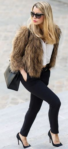Pardon My Obsession Faux Fur On Black And White Fall Streetstyle Inspo