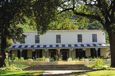 Paarl Hotels, In a luxurious and yet homely atmosphere, Pontac Manor creates a classic guest house feel with a warm and welcoming ambiance. The function room is versatile and can accommodate up to 120 guests in various seating layouts.