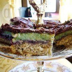 Pistache-marsepein (groene marsepein) @ allrecipes.nl