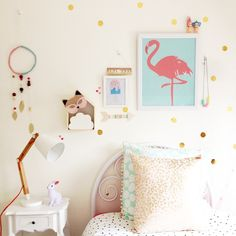 Who can spot today's craft?! Actually really happy with how this turned out!  Also, I'm still so completely in love with our A2 flamingo print from @yorkelee_kids_prints