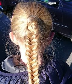 Autumn sun #ponytail #fishtailbraid #fishtail #girlyhair #hairforlittlegirls #braidsforgirls #hairstyles #hairinspo #braids #braid #braidymom