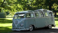 Sweet looking 23 window bus.